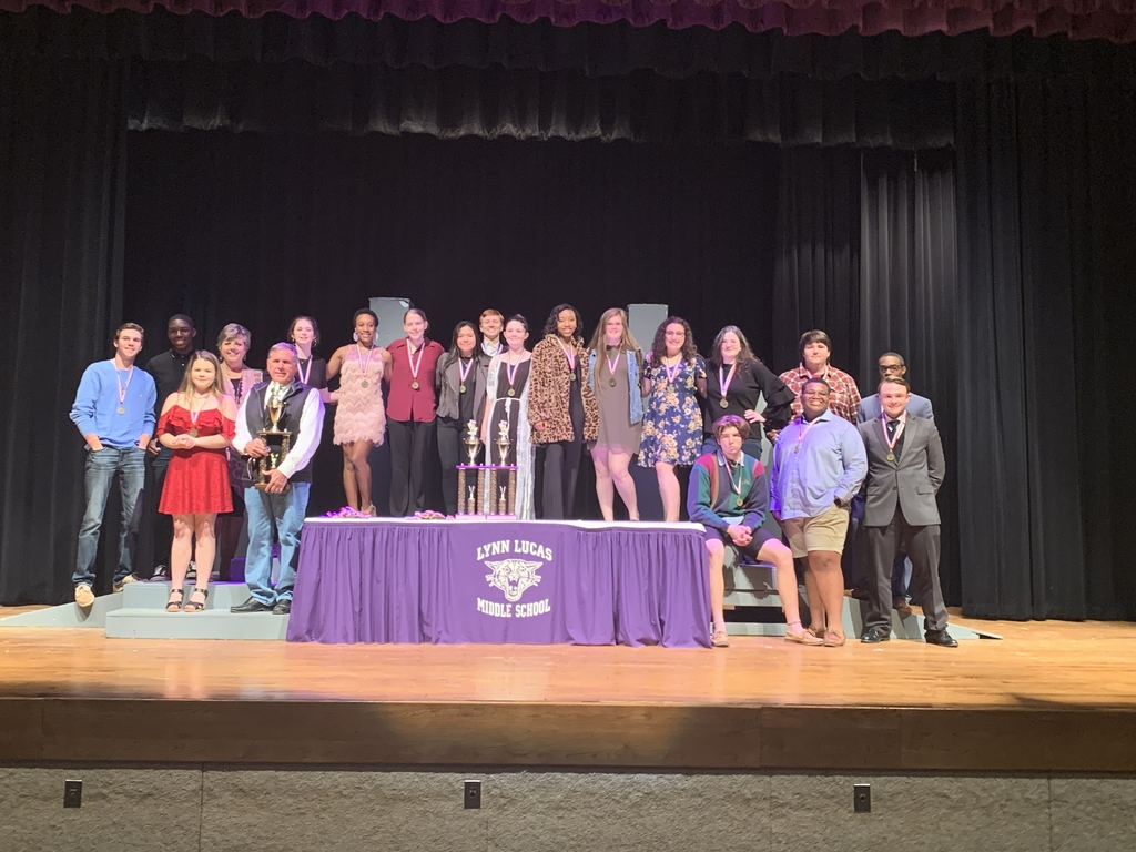 One-Act Play advances! Way to go thespians!